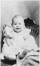 Hemingway at age 1 or 2 in 1900